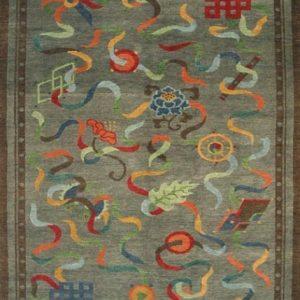 Tibetan Rug Eight Auspicious symbols grey